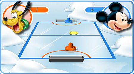 Game's screenshot - Mickey And Friends Shoot And Score