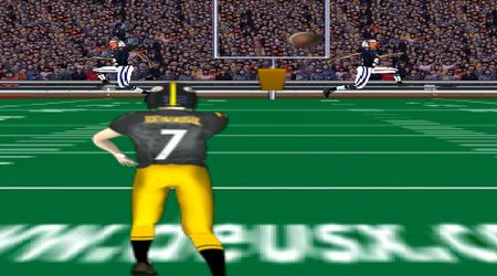 Game's screenshot - Quarterback Challenge 2010